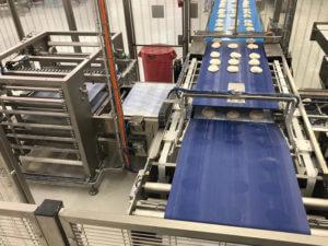 fase di test con produzione in corso di varie tipologie di prodotto